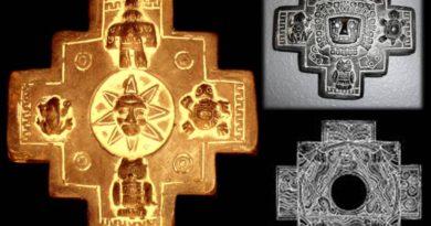 Andský kříž Chakana