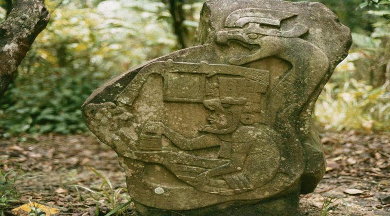 Zobrazuje kamenný blok prehistorického kosmonauta?